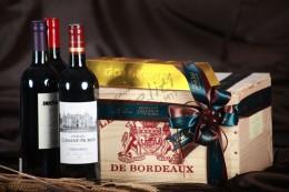 Ξύλινο κουτί δώρου με Γαλλικά Κρασιά